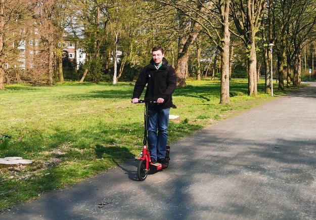 E-Scooter in Deutschland legal: Regeln und Starttermin auf einen Blick