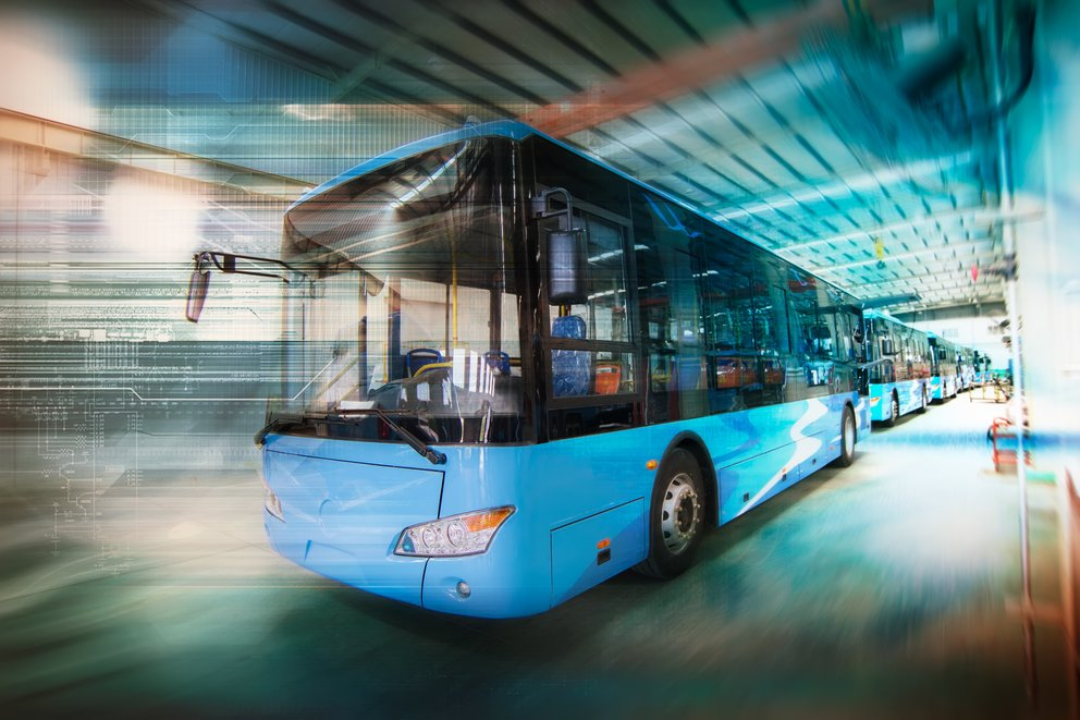 bus-GettyImages-929876618