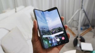 Samsung Galaxy Fold in Hands-On-Videos: Faltbarer Kompromiss oder Handy-Revolution?