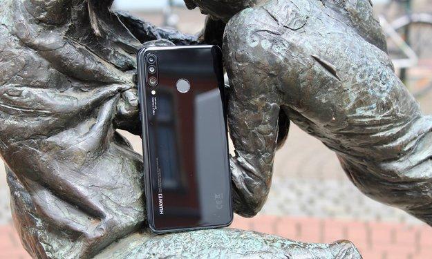 Neue Aktion bei 1&1: Daten-Tarif mit gratis Huawei P30 Lite und MateBook 13