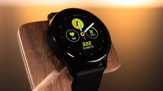 Vom Handy auf die Smartwatch: Samsung macht die Uhren schön