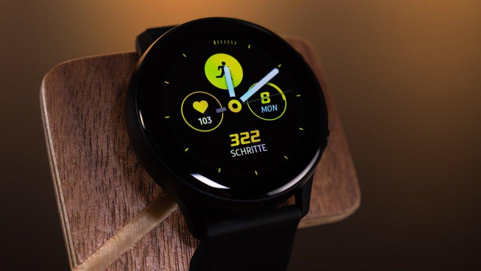 Samsung-Smartwatch: Neue Galaxy Watch soll die besten Features der Apple Watch 4 übernehmen