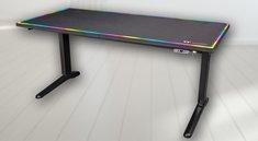Hauptsache RGB! Dieser Gaming-Schreibtisch kostet so viel wie ein waschechter Spiele-PC