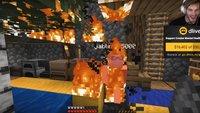 Jack Black fackelt PewDiePies Haus in Minecraft ab