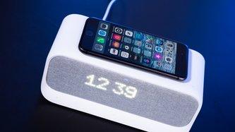 Anker Soundcore Wakey im Test: Stylischer Radiowecker, fürs Schlafzimmer ungeeignet