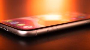 iPhone mit Knick in der Optik: Kopiert hier Apple?