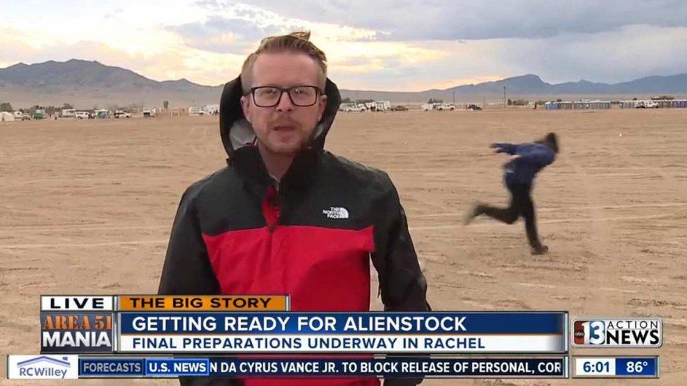 Facebook: Sturm auf Area 51 - Erster Naruto-Runner gesichtet