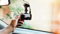 Sparen bei Autoversicherung: So senkt eine Dashcam die Kosten