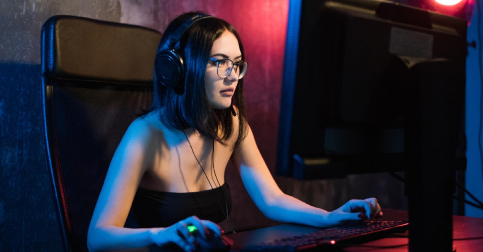 Wo/Wie kann ich am besten weibliche Gamer/Nerds