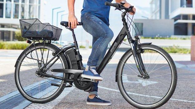 Ab heute bei Aldi: E-Bike mit Mittelmotor zum Hammerpreis – Pedelec im Technik-Check