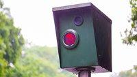 Achtung, Autofahrer: Deswegen solltet ihr ab sofort keine Blitzer-Apps mehr nutzen