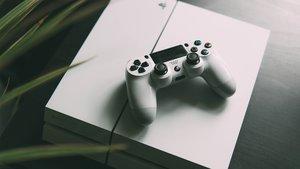 PlayStation 4 zum Black Friday: Konsolen, Spiele und Zubehör stark reduziert