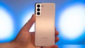 Samsung Galaxy S21: Stiftung Warentest bestätigt Sparfüchse