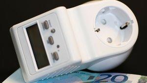 Schluss mit hohen Strompreisen? Verbraucherschützer schreiten ein