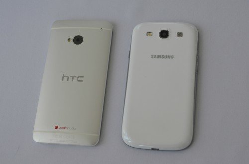 HTC-One-vs-S3-back