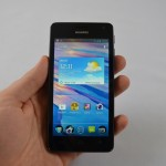 Huawei-Ascend-G615-frontal-Hand
