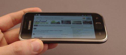Samsung Galaxy S Plus: Lichter Blaustich bei Seitenansicht