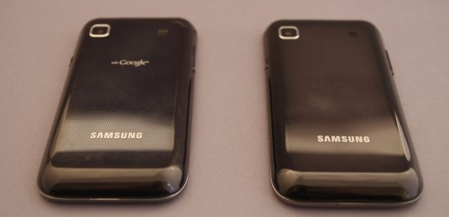 Samsung Galaxy S (links) vs. Samsung Galaxy S Plus (rechts)