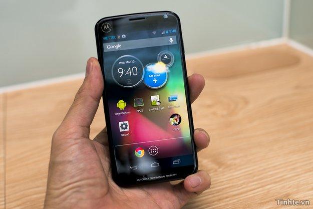 Motorola X Phone: Mittelklasse-Gerät für < 200 Dollar, mit Spezialtaste am Rücken [Gerüchte]