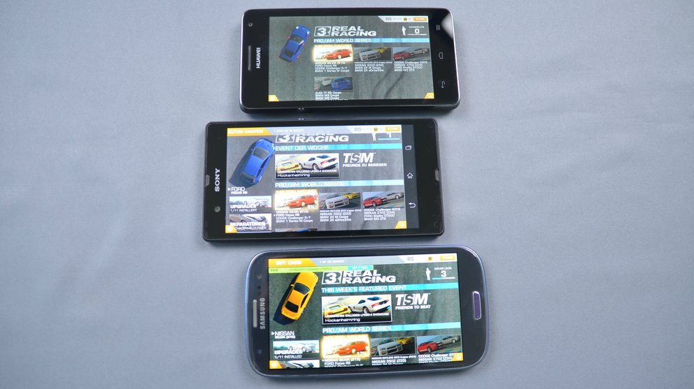 Xperia Z-vs-S3-vs-Huawei-Screen-Game