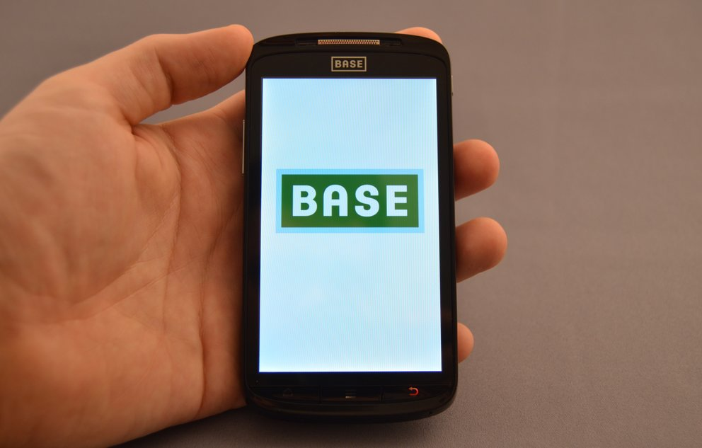 BASE Lutea 2: Testbericht zum Billig-Superphone