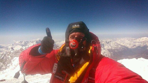 HTC One: Erster Videoanruf vom Gipfel des Mount Everest