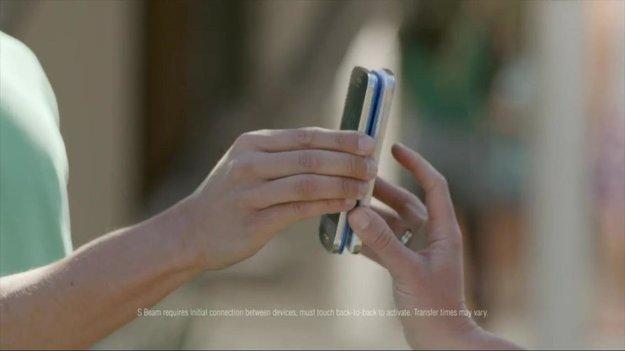 Samsung: Neuer Werbespot preist Galaxy S4, stichelt gegen Konkurrenz