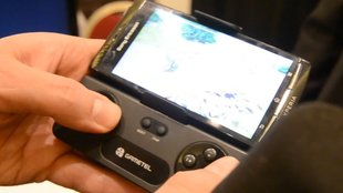 Gametel Controller: Bluetooth-Aufsteck-Gamepad im Hands-on [CES 2012]