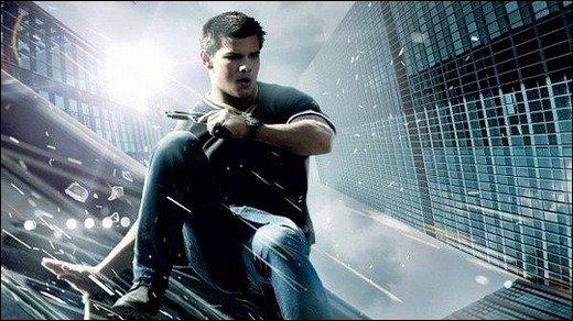 Atemlos: Kinokritik - Ein Twilight-Werewolf in Bourne-Hosen