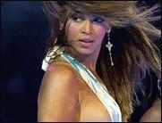 Beyoncé nur in Unterwäsche