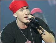 Erschöpfter Eminem hat seine Europa Tour abgesagt!