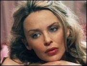 Kylie Minogue nach OP wieder zu Hause