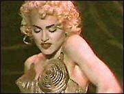 Madonnas Klamotten auf Weltreise!