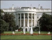 Mann zündet sich vor Weißem Haus an