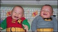 Super-Babys - Wenn Eltern ihre eigenen kleinen Nachwuchs-Superhelden kreieren