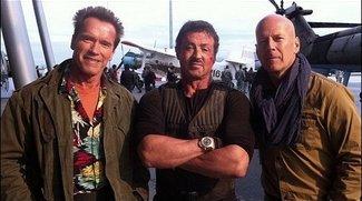 The Expendables 2 - Erstes Setfoto mit Arnie, Sly &amp&#x3B; Brucie!