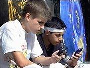 Wegen Gewalt- und Sex-Clips: PIN-Codes für Schüler-Handys!