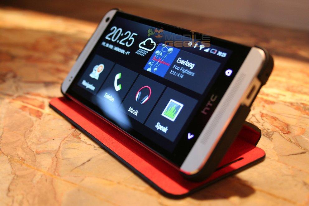 HTC One: Offizielles Zubehör, Verfügbarkeit bei deutschen Providern