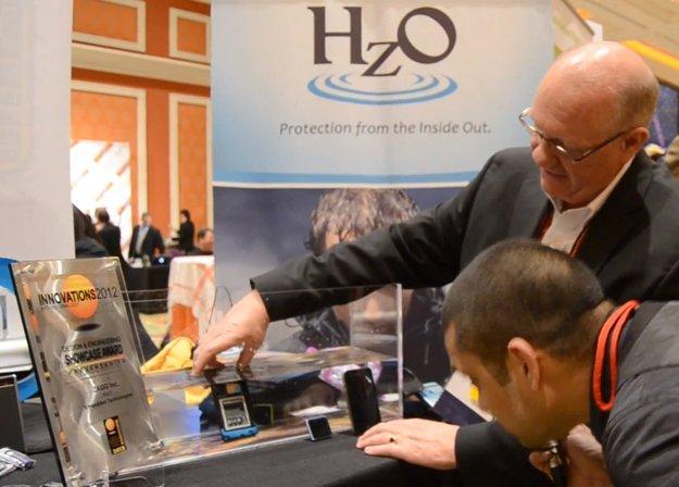 HzO: Nanobeschichtung macht jedes Smartphone wasserdicht [CES 2012]