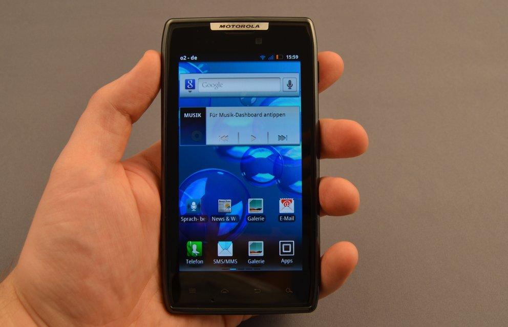 Motorola RAZR im Test: Majestätsbeleidigung oder Fortführung einer Legende?