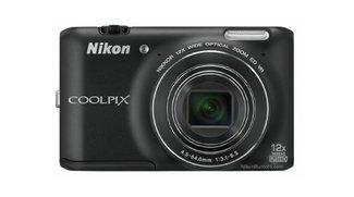Nikon Coolpix S800: Bild aufgetaucht, offizielle Vorstellung morgen?
