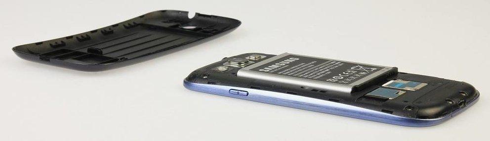 Samsung Galaxy S3: 3000 mAh-Akku in Bild und Video gesichtet