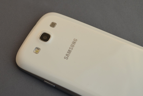 samsung-galaxys3-back-camera