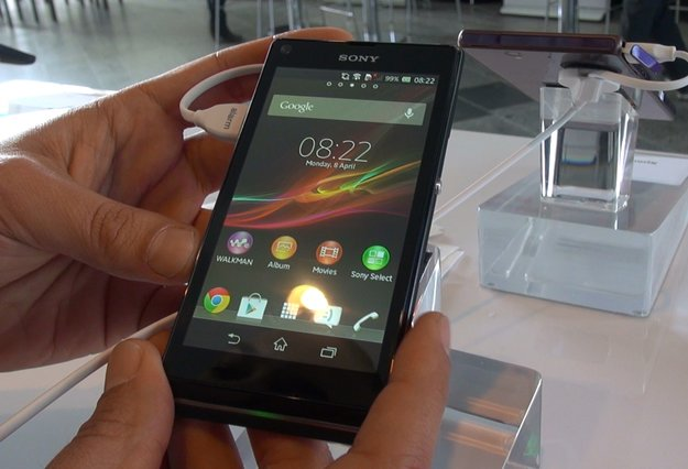 Sony Xperia L: Hands-On zum Einsteiger-Smartphone [droidcon 2013]