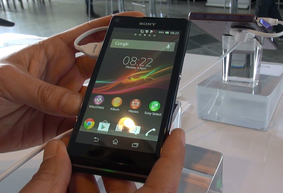 Sony Xperia L: Hands-On zum Einsteiger-Smartphone [droidcon 2013]