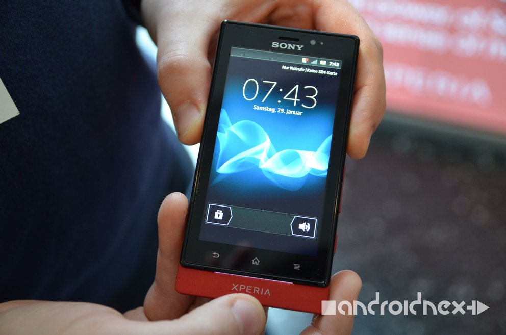 Sony Xperia Sola: Exklusives Hands-On mit dem Floating Touch-Smartphone