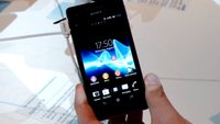 Sony Xperia V: Outdoor-Smartphone mit LTE im Hands-On [IFA 2012]