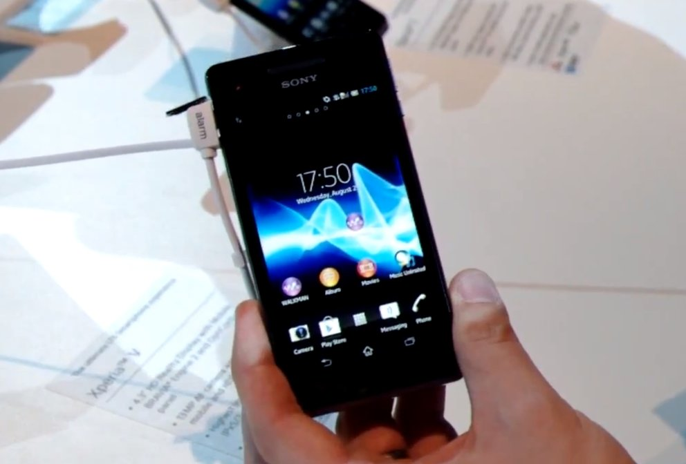 Sony Xperia J: Einsteiger-Androide im Hands-On [IFA 2012]