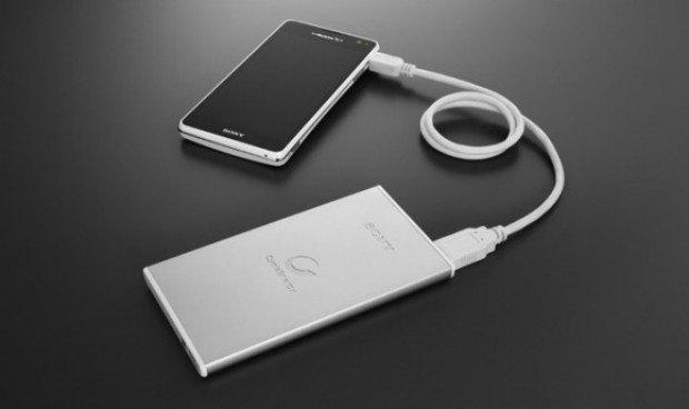 Sony: Externe Akkuladegeräte im Smartphone-Format angekündigt