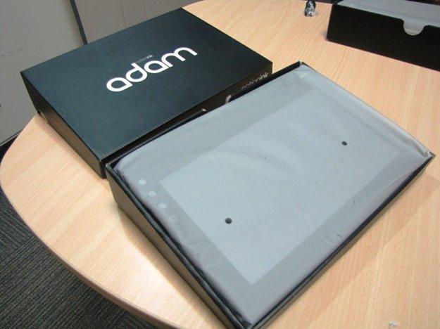 Adam Tablet Unboxing Bilder von Notion Ink